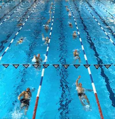 nager vite en triathlon